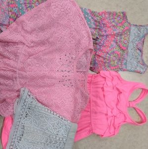 Misc lot, 2 dresses, 1 blouse, 2 pair of shorts